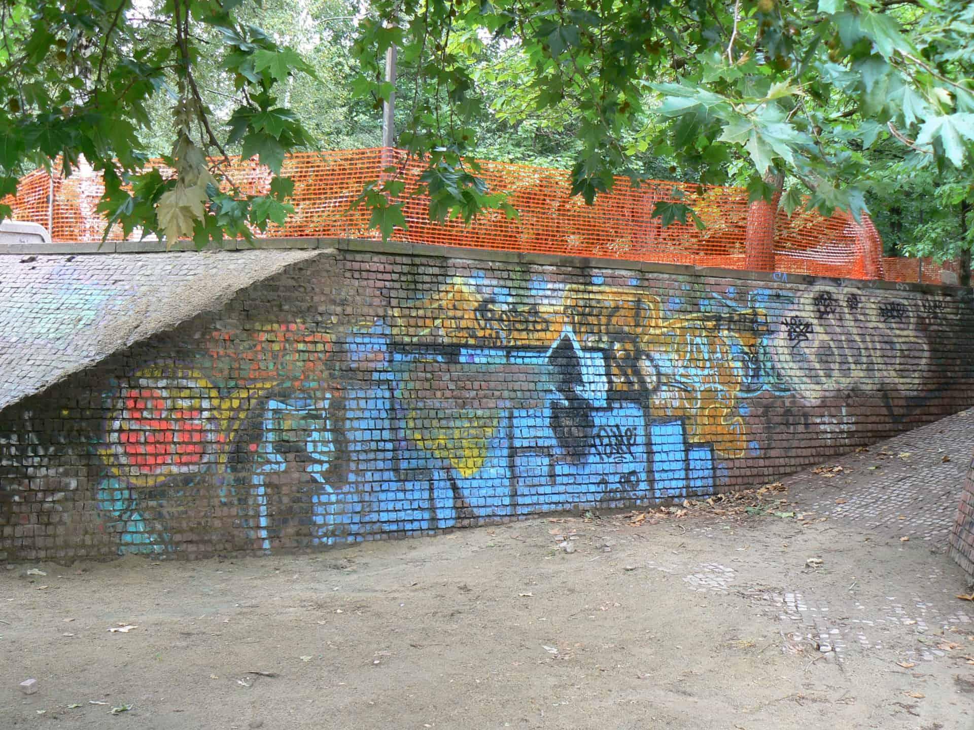 Graffitireinigung und Antigraffiti Beschichtung Klinker 4